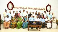 Governor with farmers who won Genome Saviour Award  at Raj Bhavan on 10th February